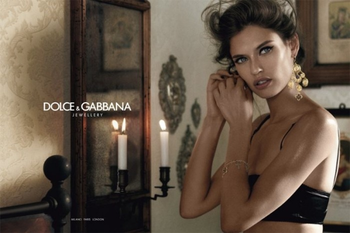 bianca-balti-for-dolce-gabbana-jewelry-2011-ad-campaign-291111-9-698x466