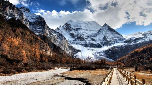 imagini desktop peiaje-poze munti