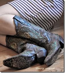 Boots Close