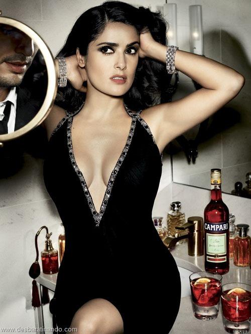 salma hayek linda sensual sexy sedutora gostosa peituda boob tits desbaratinando  (7)