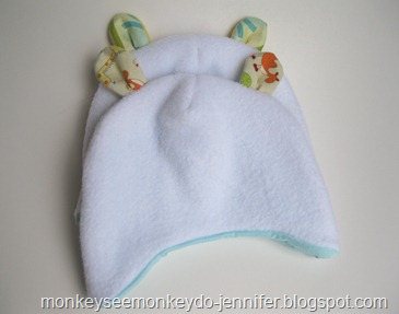 fleece and fuzzy hats with bear ears (4)