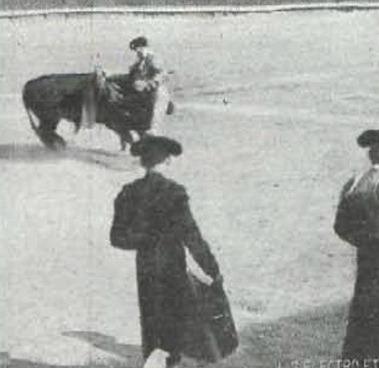 1916-05-11 Toros en Badajoz Gallito quite segundo