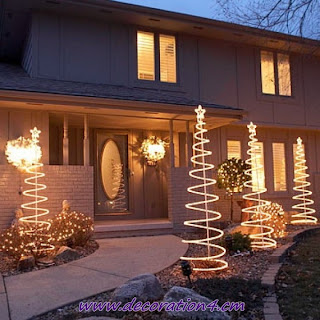 Cool Christmas Outdoor Decorations-new 2012 img6a4f4925a83e04e344e26262fc913a9c.jpg