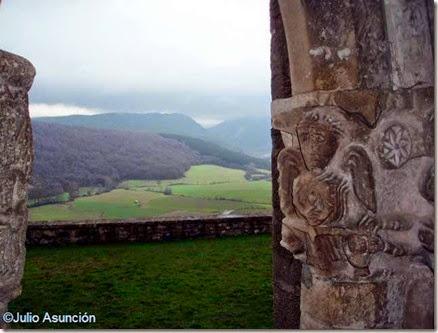 San Vicente de Larumbe - Paisaje y San Miguel