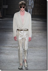 Alexander McQueen Menswear Spring Summer 2012 Collection Photo 24