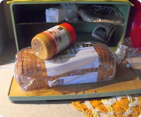 PEANUT BUTTER SANDWICH TUTORIAL