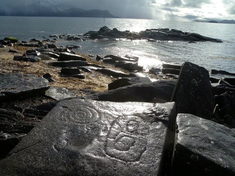 petroglyph-beach-4