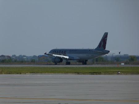 Aeroportul Otopeni: aterizare Qatar Airways la Bucuresti