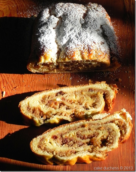 kalács-rolled-walnut-bread-1