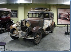 0914 Alberta Calgary - Heritage Park Historical Village - Gasoline Alley Museum - 1930 Nash 450 Sedan drove Route 66