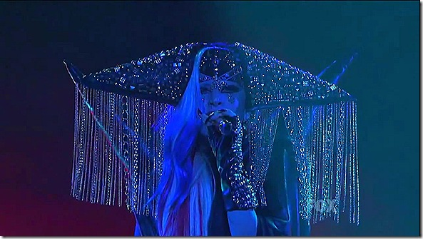 Lady Gaga - The Edge Of Glory (American Idol)