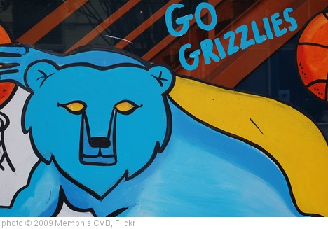 'Go Grizzlies' photo (c) 2009, Memphis CVB - license: http://creativecommons.org/licenses/by-nd/2.0/