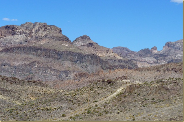 2012-09-27 -3- AZ, Oatman to Golden Valley -004