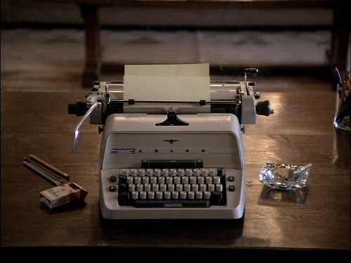 the-shining-typewriter-500x3751.jpg