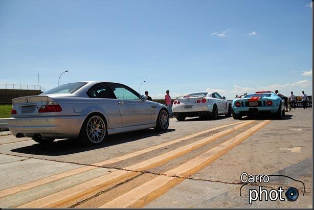 M3, GTR e GT com logo