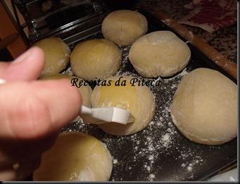 Pão de hambúrguer pincelado