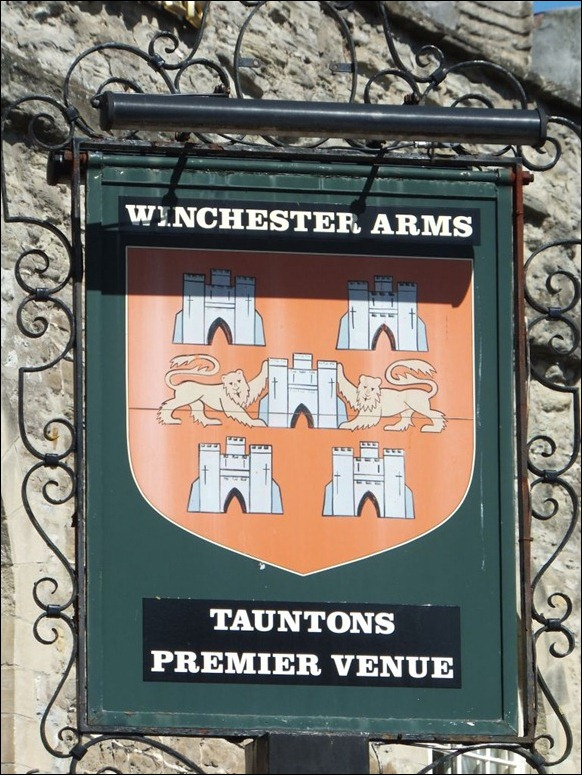 Winchester Arms 01