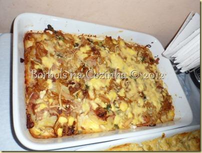 batatas gratinada com atum e cebola caramelizada