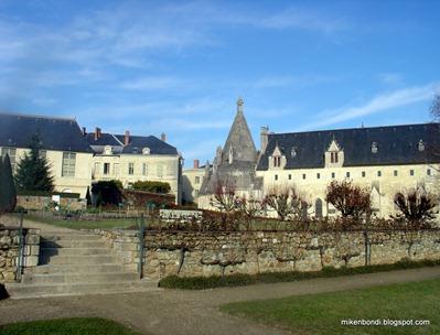 20051207 - 2 Abbaye Royale de Fontevaud (6)