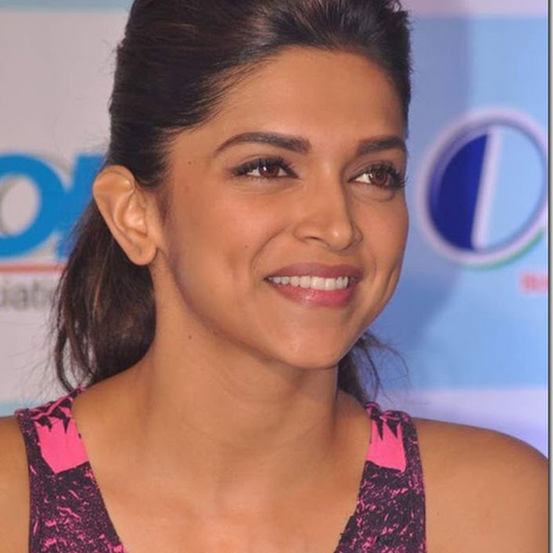 Deepika Padukone 'on demand' for New Year's Bash !