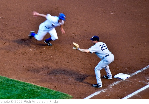'Pick Off Attempt' photo (c) 2009, Rich Anderson - license: http://creativecommons.org/licenses/by-sa/2.0/