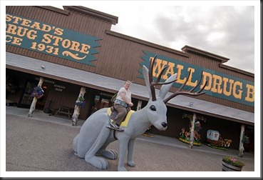 2011Aug2_Wall_Drug-7