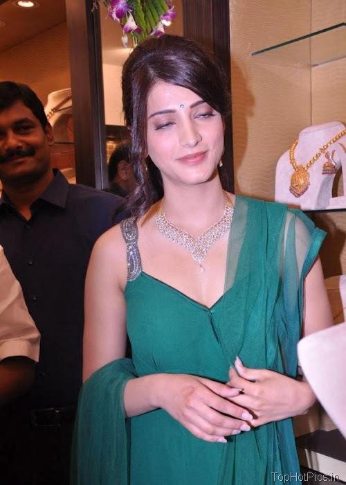 Shruti Hassan Hot Navel Photos 2012 2