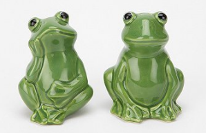 Frog Salt and Pepper Shakers via UO -