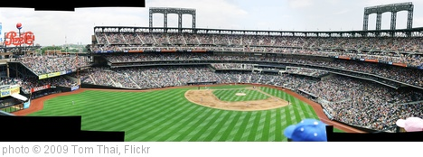 'Citi Field Panorama' photo (c) 2009, Tom Thai - license: http://creativecommons.org/licenses/by/2.0/