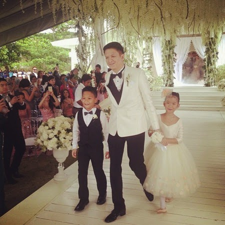 Chiz with his twins