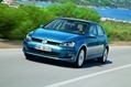 2013-Volkswagen-Golf-58