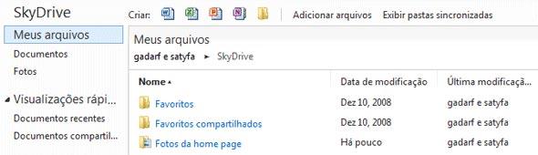 Arquivos e pastas no SkyDrive.
