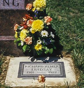 Tombstone of Richard A. Lindsay