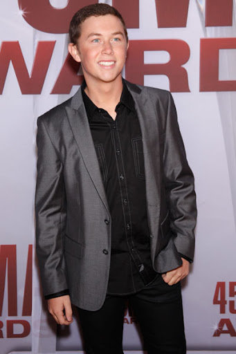 cma_awards_2011_-29-x600- scotty mccreery-2.jpg 