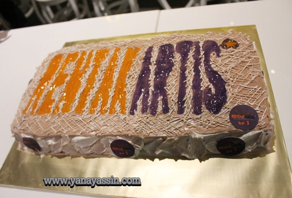 Rentak Artis Siti Saleha 141