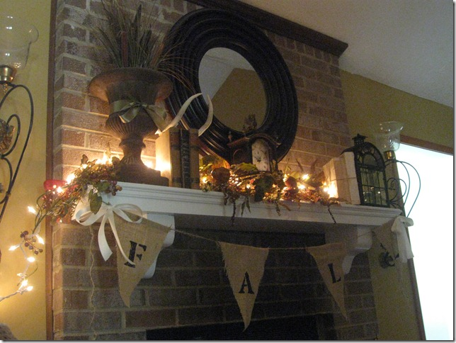 fall mantle 018