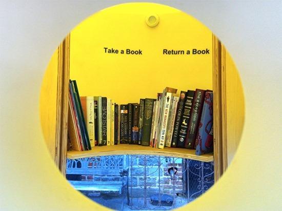 Pequena biblioteca livre (3)