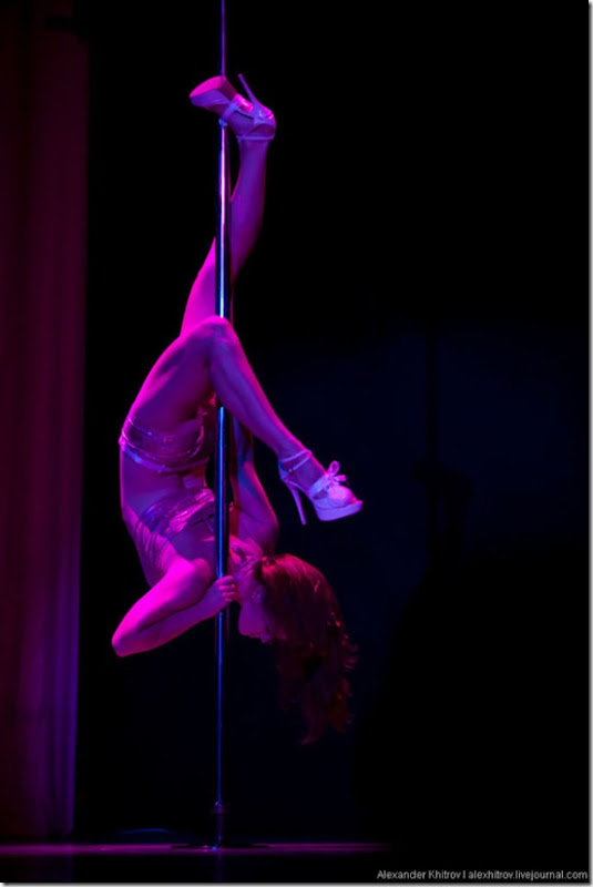 russian-pole-dancing-competition-35