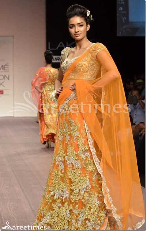 Bhargavi_Jaikishan_Orange_Lehenga