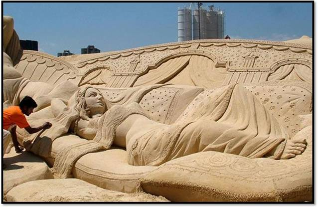 Statues of Lord Ganesha, Budha , Jesus and many more made up of Sand