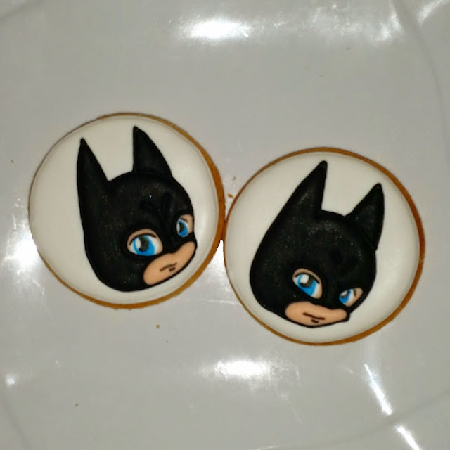chibi batman cookies