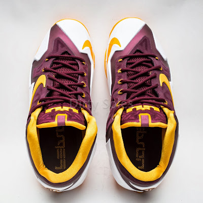 nike lebron 11 pe ctk home 1 09 First Look at Nike LeBron 11 Christ the King Home PE