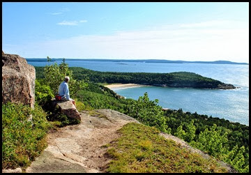 01f2 - Gorham Mtn Hike - Views - Sand Beach and Great Head