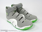 lebron4 dunkman 05 The Real Dunkman Version of the Nike Zoom LeBron IV
