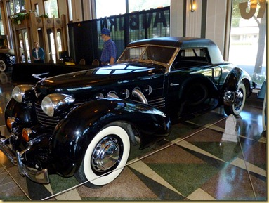 2012-08-29 - IN, Auburn - Automobile Museum-039