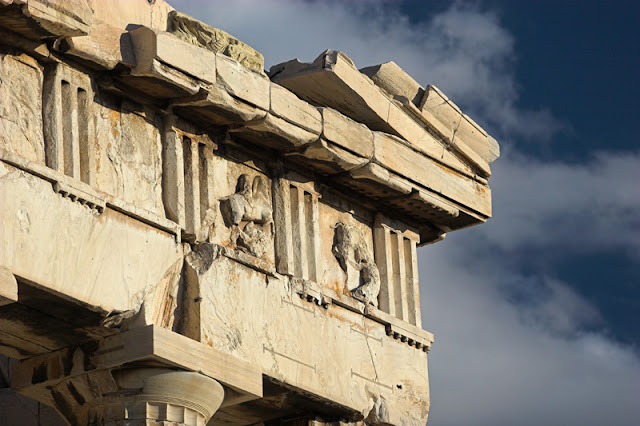 Parthenon_detail_west.jpg