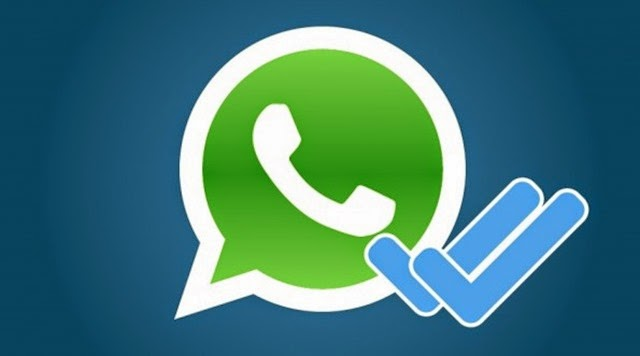 Nueva actualización de WhatsApp permitiría desactivar doble check azul