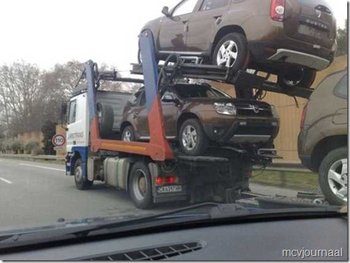 Dacia Dusters Onderweg 01