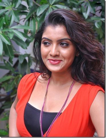 telugu_actress_madhuri_itagi_cute_stills