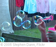 'Bubbles' photo (c) 2005, Stephen Dann - license: http://creativecommons.org/licenses/by-sa/2.0/